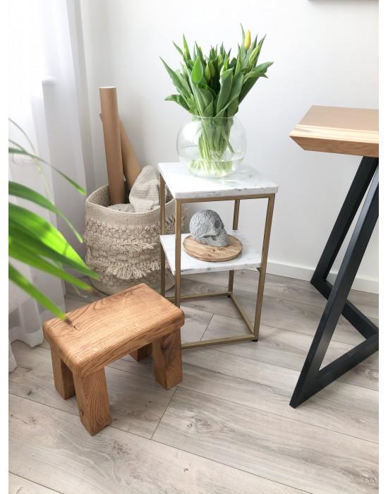 DOLLY - marmurowy złoty stolik pomocniczy z półką
