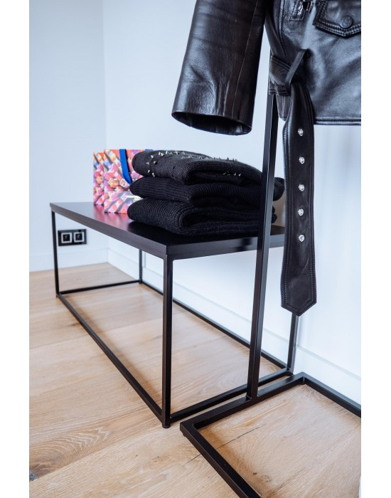 GLENN - stolik do sklepu odzieżowego