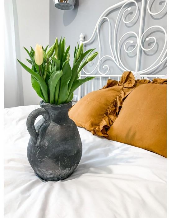Szary ceramiczny wazon