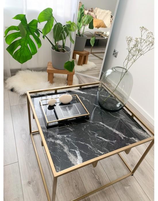 AISHA - stolik z białym marmurowym blatem i złotymi nogami